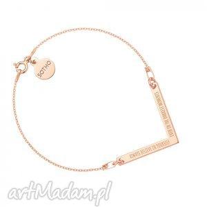 bransoletka z różowego złota zawieszką v always believe in yourself, modna