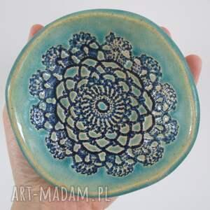 handmade ceramika mała miseczka z koronką