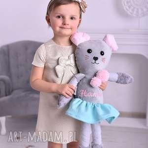 Prezent Przytulanka dziecięca myszka w spódniczce z imieniem, przytulanka-minky