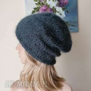 dodatki klasyk w antracycie moherowa czapka, czapka na drutach, rękodzieło