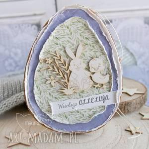wielkanocne jajo uroczy podarek na wielkanoc lub dekoracja wielkanocna