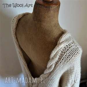 sweter z warkoczami, sweter, serek, wełniany, nadrutach