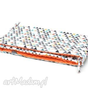 MILUTKA ochraniacz do łóżeczka MINKY dwustronny kolorowe trójkąty / pomarańczowy