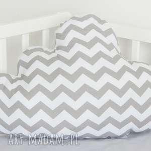 ręcznie zrobione pokoik dziecka duża poduszka chmurka zygzak