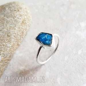 925 srebrny pierścionek z apatytem, srebro, apatyt, minerał, luksuswy, niebieski