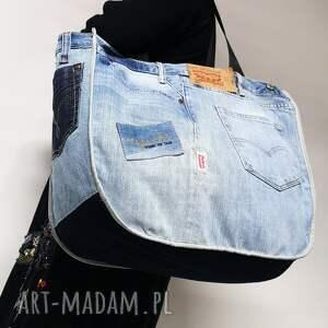 ręcznie zrobione na ramię duża torba upcykling jeans levis 76 od majunto