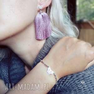Komplet ze srebrnymi motylkami ,agatami i chwostami w pudrowym różu, srebro, agat