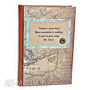 handmade scrapbooking notesy kalendarz podróżnika - dzień na stronie