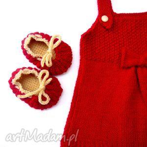 sukieneczka zuza 0-3 msc, sukienka, buciki, druty, dziewczynka, niemowlę, wełna