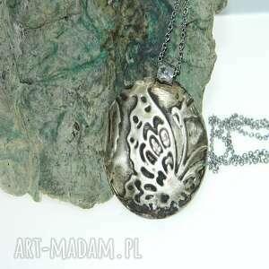 medalion z alpaki-motyl-n95, wisior, metaloplastyka, unikatowa biżuteria