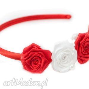 opaska dla dziewczynki z różyczkami - białe ozdoby do włosów