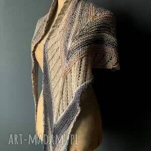 asymetryczna chusta strzałka, chustka, szal, wiosenny-szal