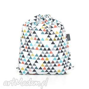 plecak worek przedszkolaka kolorowe trójkaty