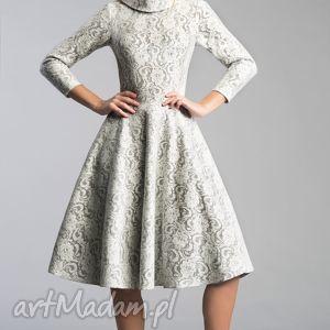 Sukienka DONNA Midi Noemi, kieszenie, midi, kołnierz, koronka, jasna, rozkloszowana