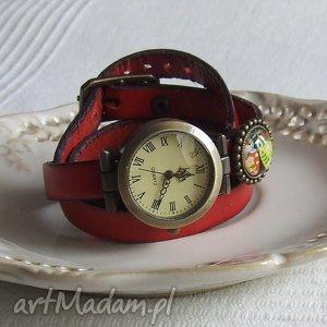 handmade zegarki zegarek vintage z grafiką skórzany czerwony