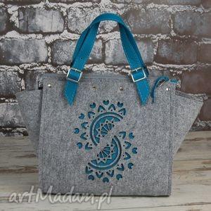 Filcowy kuferek damski ze skórzanymi wstawkami, kuferek, rękodzieło, niebieski, skóra