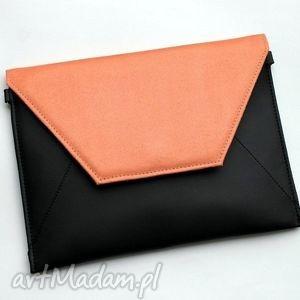 kopertówka - czarna i klapka łososiowa, elegancka, nowoczesna, wieczorowa, prezent