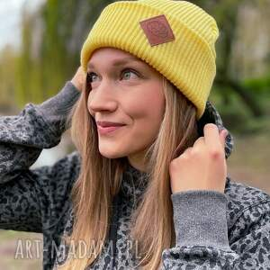 czapka wywijana dwustronna logo z ekoskórki bananowa, czapka, jesienna