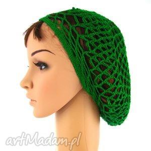 plażowa siatka na włosy w kolorze trawiastej zieleni, czapka, beret, ażur, plaża