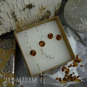 komplet biżuterii kolczyki, bransoletka i naszyjnik, z bursztynem