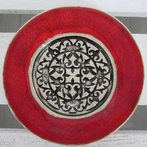 malutki etniczny talerzyk z czerwienią, fusetka, ceramiczna, mały