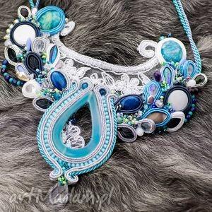 Biało-błękitny naszyjnik ślubny - haft sutasz - ,ślub,naszyjnik,wisior,swarovski,sutasz,