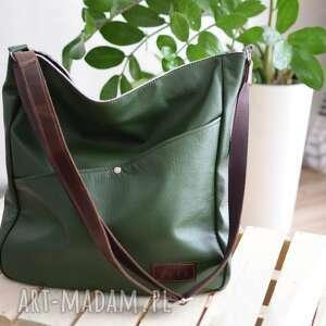 zielona skórzana torba, duża miejska torebka