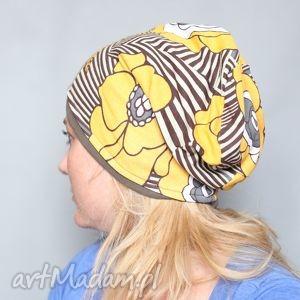 ręcznie zrobione czapki nie oceniaj jej surowo, ma prawo być krową