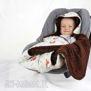 dla dziecka kocyk do fotelika samochodowego miś tipi, kocyk, nosidło, fotelik