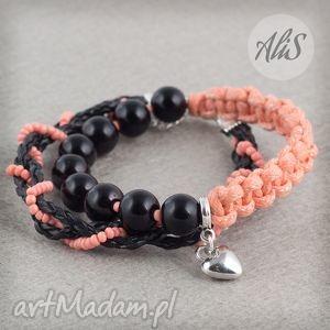 łososiowe serce, łososiowa, sznurek, czarne, korale, serce biżuteria