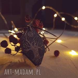 Drewniany wisior grawerowany, moonlight minimalist art, drzewo, księżyc, folk