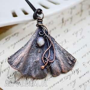 miŁorzĄb z kamieniem ksiĘŻycowym - naszyjnik z prawdziwym liŚciem