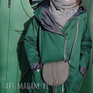 agagu zielony szmaragdowy płaszcz oversize ogromny kaptur na jesień rozmiar xs