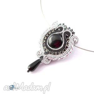 Czarno-srebrny wisior z onyksem - ,sutasz,soutache,wisior,glamour,
