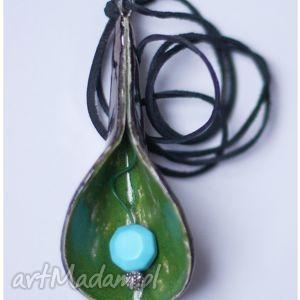 wylegarnia pomyslow wisior ceramiczny liść zielono-czarny, wisior, wisiorek
