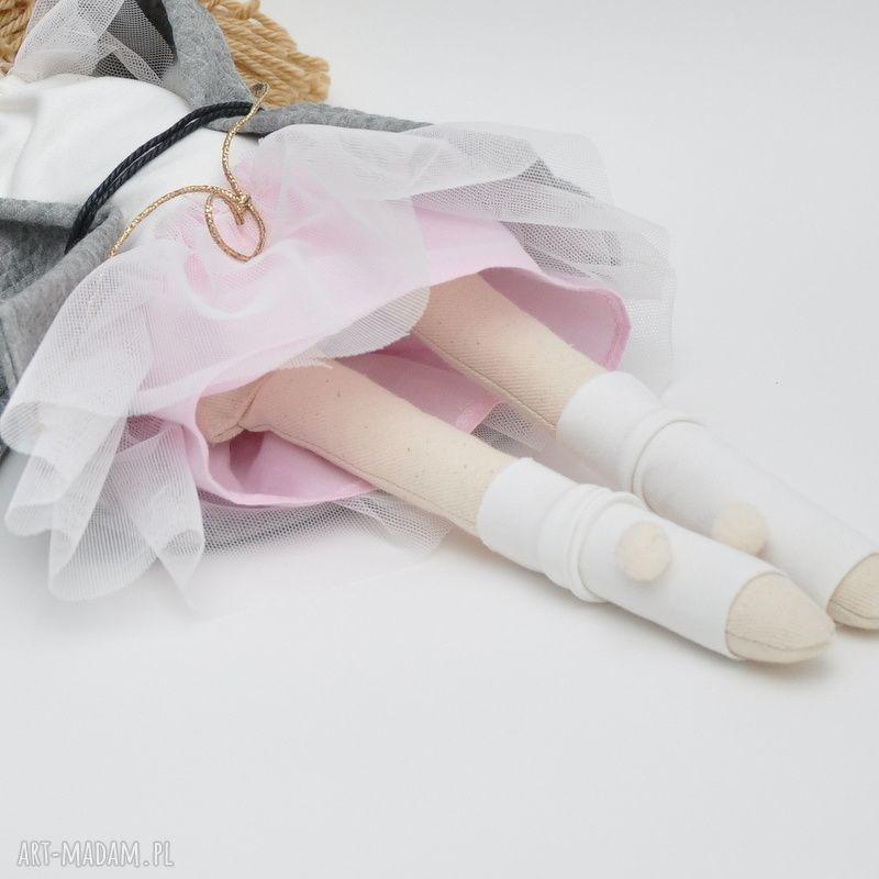 prezenty pod choinkę lalka lisa w różanym płaszczyk czapeczka