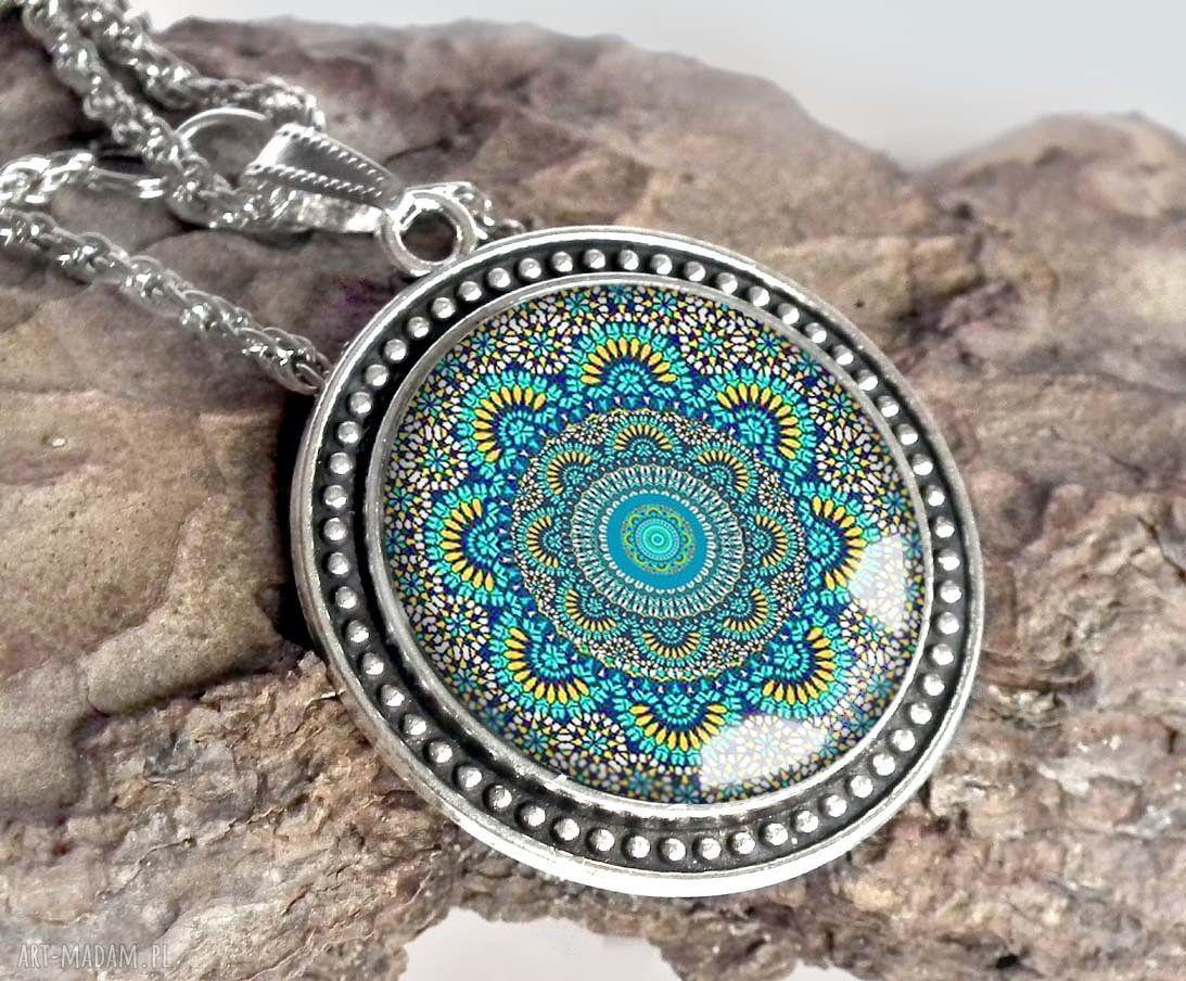 ręcznie wykonane naszyjniki turkusowa mandala - piękny naszyjnik