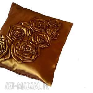 poduszki poduszka z tafty różami w brązie, róże, tafta, poduszka