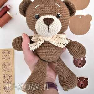 szydełkowy miś przytulanka dla dziecka personalizowany - prezent dla dziewczynki
