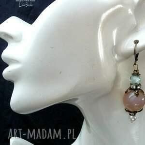 chalcedon w uroczych kolczykach vintage dla kochajacej biżuterię dobrym starym