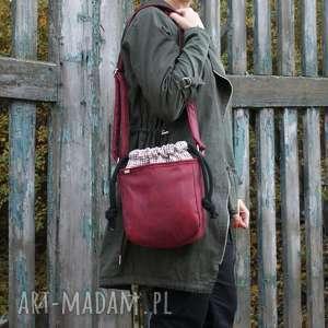 mikro iks sznurki bordo kratka, vegan, torebka, torba, jesień, kolor, simple