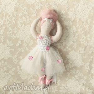 cyrkowa bajka - lalka chloe, lalka, balerina, baletnica, tiul, tutu