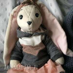 duży królik pani królikowa, przytulanka, pluszowa maskotka, króliczek