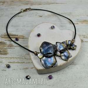 Prezent Naszyjnik z kwiatami orchidei, elegancki-naszyjnik, biżuteria-na-prezent