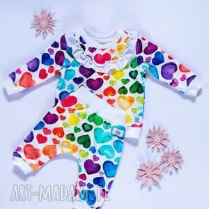 ręczne wykonanie komplet bluza i spodnie baggy niemowlęce serduszka 56 -98