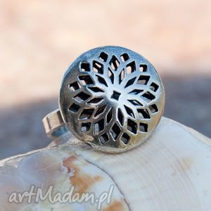 a421 pierścionek srebrny z ażurową koroną - pierścionek, srebrny