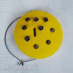 filemonka żółta, fascynator, żółty, filc, toczek