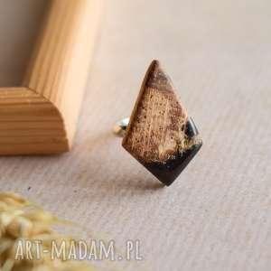 kirra - regulowany pierścionek z drewna i żywicy, geometryczny