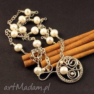 Biała perła, srebro, naszyjnik
