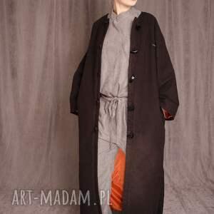 płaszcz maxi z flauszu, maxi, lausz, długi, guziki, kontrastowy, prezenty na święta